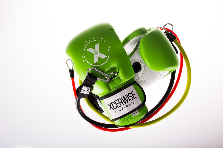 The Xtreme KO Gloves 14 OZ Apple Green-White